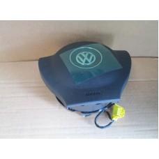 Подушка в руль 3C8880201AA81U