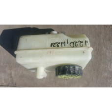 Бачок главного тормозного цилиндра A2204300002